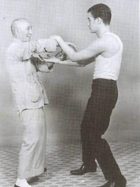 Chi-Sao im Wing Tsun – gelebter Taoismus und systematisches Lernen von Kampfstrategie aus einer Übung